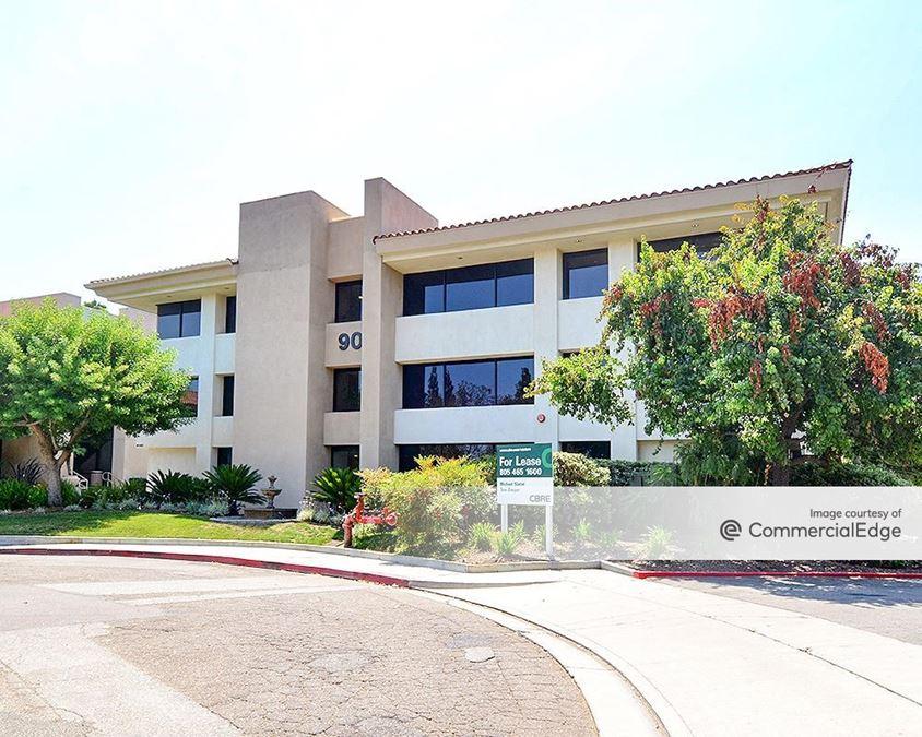 Thousand Oaks Corporate Plaza