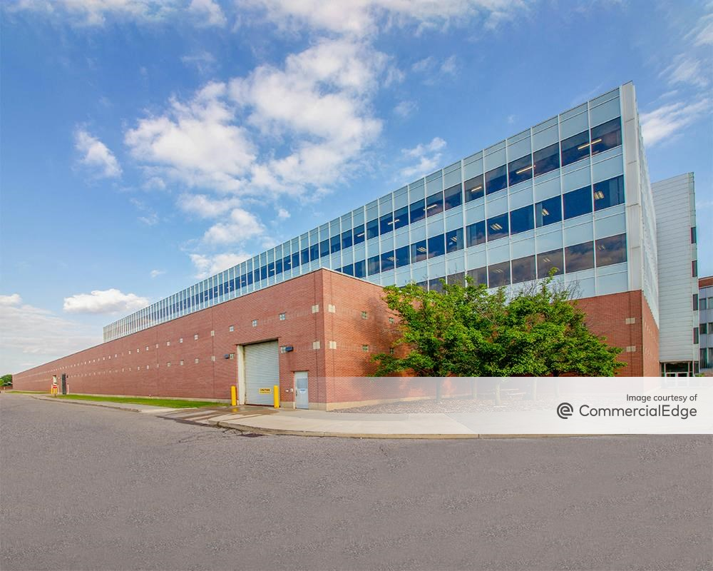 Ford Motor Company Dearborn Campus Buildings 1 5 20000 Rotunda Drive Dearborn Mi Office Space
