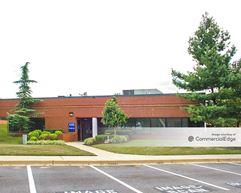 Beco Park at Forbes Center - 4301-4429 Forbes Blvd - Lanham
