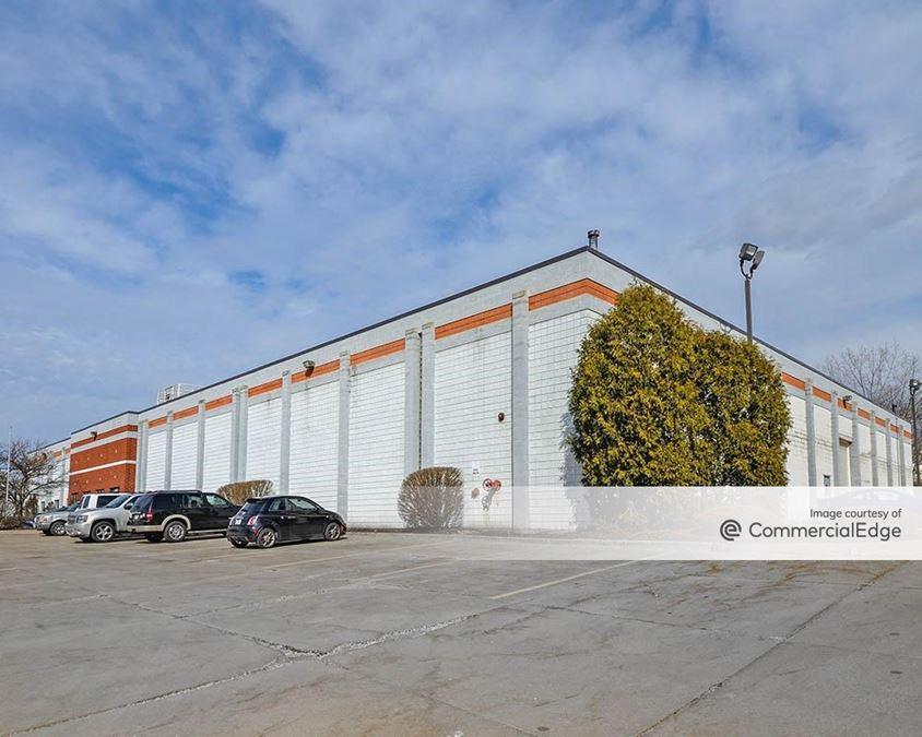 Mogadore Industrial Park - 3875, 3900 & 3939 Mogadore Industrial Pkwy