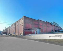 Leetsdale Industrial Park - Building 111 - Leetsdale