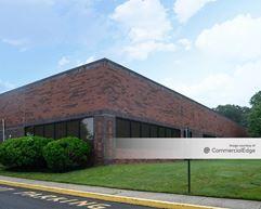 Glenview Corporate Center - 3330 Tillman Drive - Bensalem