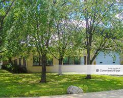 3400 North Powell Avenue - Franklin Park