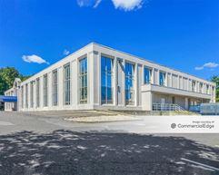 LSQ Medical Building - Lake Success