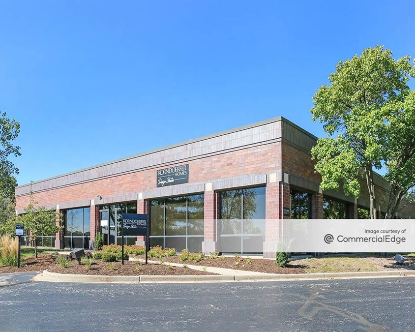Brookfield Lakes Corporate Center - 175 North Corporate Drive