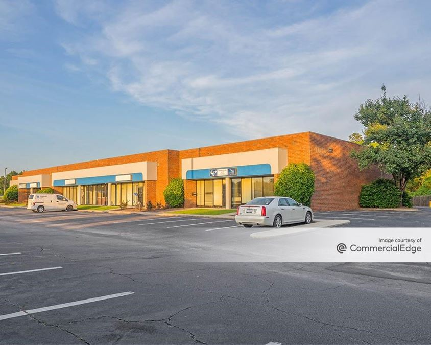 Northeast Commerce Center - 400 Northeast Drive