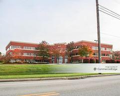 Rossmoyne Business Center - 4999 Louise Drive - Mechanicsburg