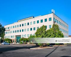 Midway Corporate Center - Bedford Park
