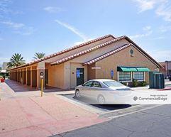 Carreon Professional Plaza - Indio