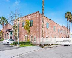 3850 Vine Street - Riverside