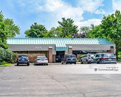 Woodwinds Office Center - Livonia