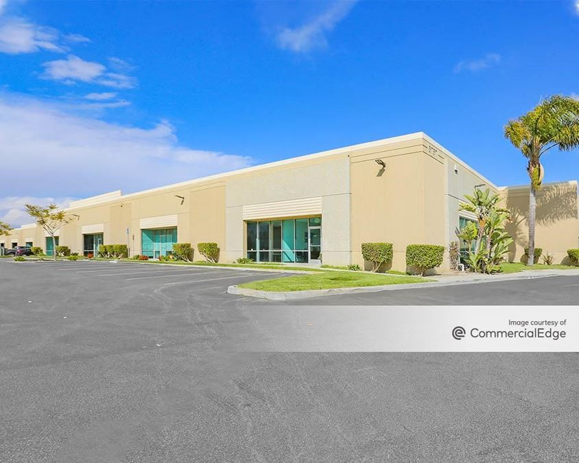 Olivas Business Center - 5757-5777 Olivas Park Drive
