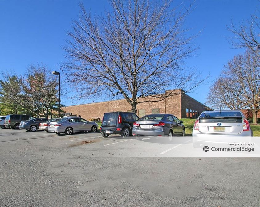 Iron Run Corporate Center - 7450 West Tilghman Street