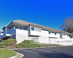 Four Seasons Executive Center - Greensboro