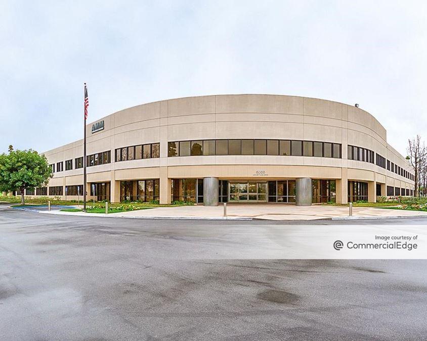 5000 Airport Plaza Drive