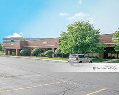 Pine Ridge East Business Park - Lenexa