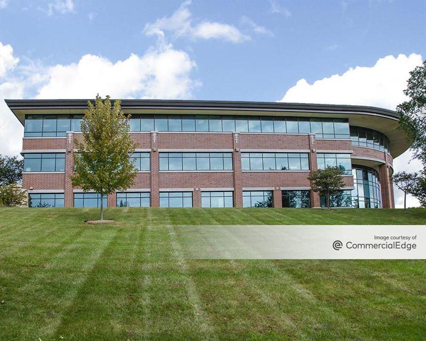Ridgeview Corporate Park - W233 N2080 Ridgeview Pkwy