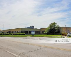 2000 South 25th Avenue - Broadview