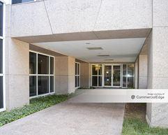 UFCU Plaza - Austin