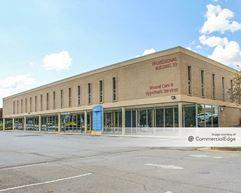 Clayton Professional Building - Riverdale