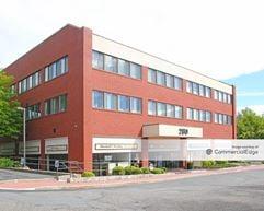280 North Bedford Road - Mount Kisco