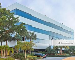 Commerce Pointe Silver - West Palm Beach