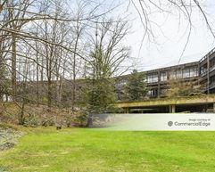 Cleveland Clinic Lyndhurst Campus & Bolton House - Cleveland