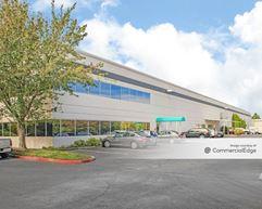 Van Doren's Landing Center - 23500 64th Avenue South & 23315 66th Avenue South - Kent