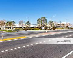 Sierra Gateway - 40015 Sierra Hwy - Palmdale