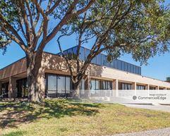 2202 Oil Center Court - Houston