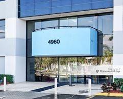 Marina Lakes Business Park - 4960 SW 72nd Avenue - Miami