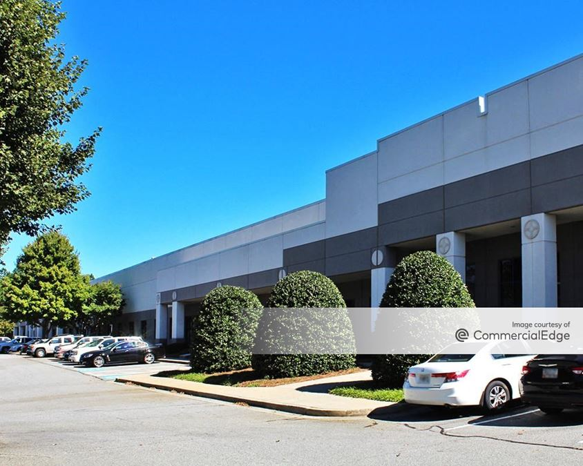 Peachtree Industrial Center - 1200 Northbrook Pkwy NW