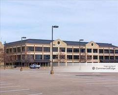 Riverside Commons Building 2 - Irving