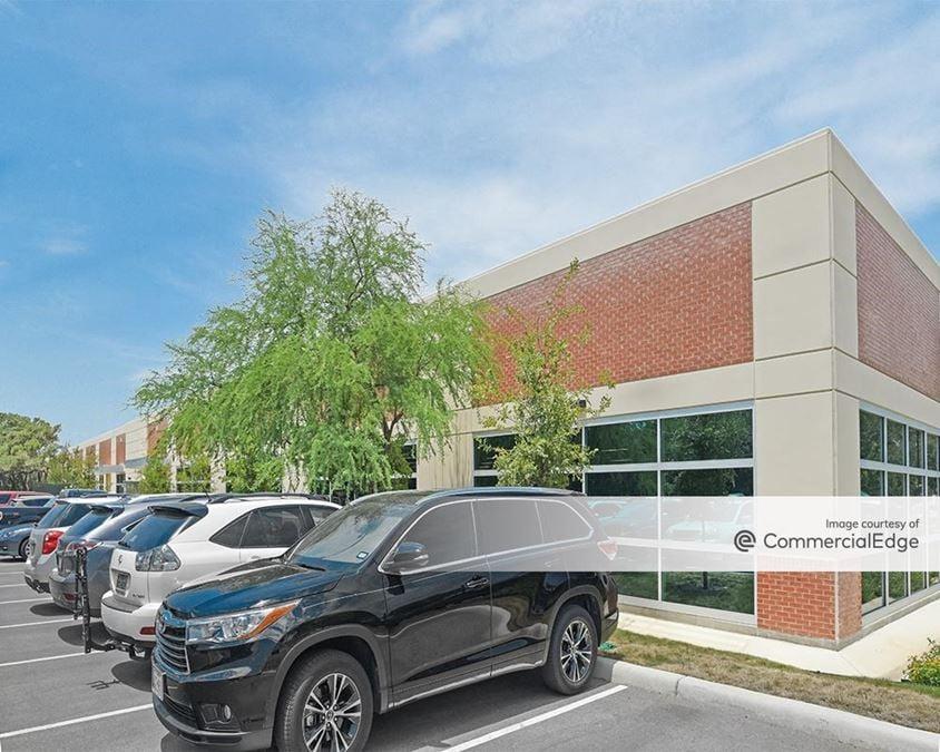 The Oaks at University Business Park - Building 4