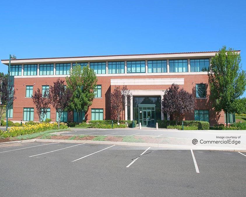 Farmington Medical Arts Center - 499 Farmington Avenue