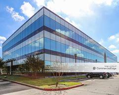 Royal Oaks Place - Houston