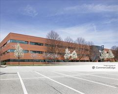 Radnor Financial Center - 150 North Radnor Chester Road - Wayne