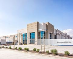 Duke Santa Ana Logistics Center - Fontana