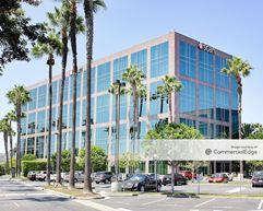 Kilroy Airport Center  Bldg. 8 - Long Beach