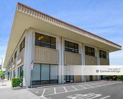 The California-Hawaii Building - Vacaville