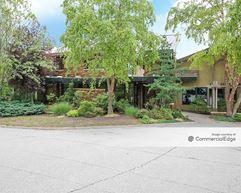 Cedar Creek Corporate Park - Building V - Olathe