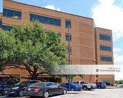 8940 Fourwinds Drive - San Antonio