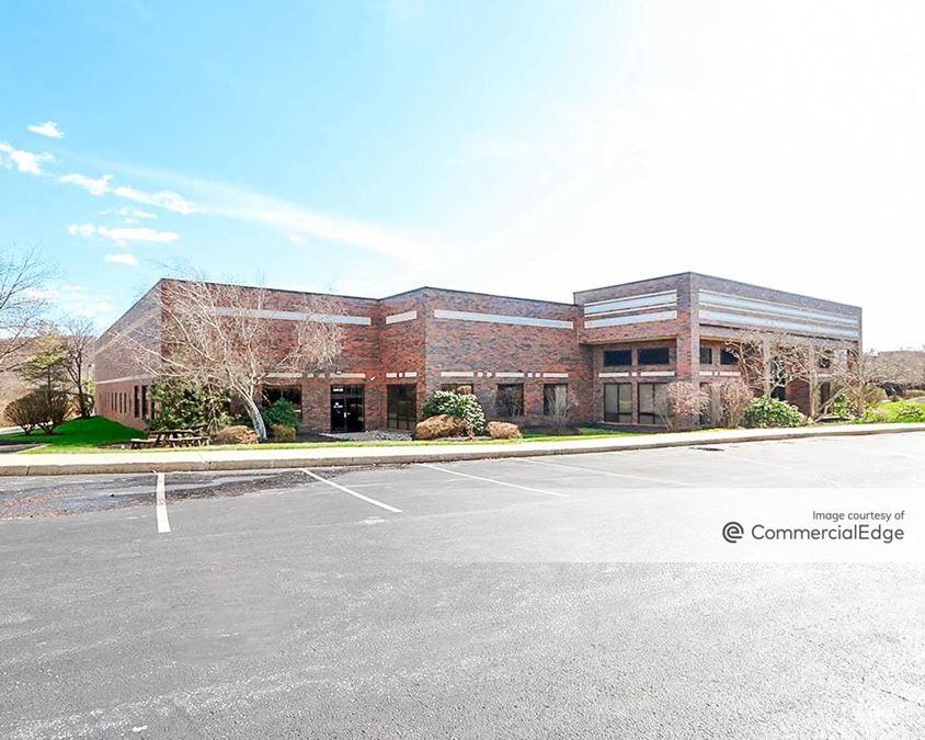 Oaklands Corporate Center - 436 & 440 Creamery Way