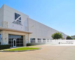 Pinnacle Business Center - Buildings I-III - Dallas