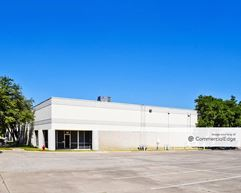Post & Paddock Service Center - Grand Prairie
