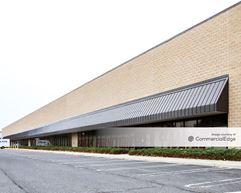 Corporate Park Lakewood - 900 Towbin Avenue - Lakewood