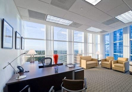 Office Freedom | 111 Congress Avenue