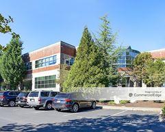 Cornell Oaks Corporate Center - The Commons - Beaverton