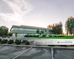 Britannia Seaport Centre - 800 & 900 Chesapeake Drive - Redwood City