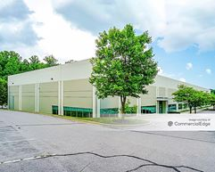 Gateway 270 - 22527 Gateway Center Drive - Clarksburg